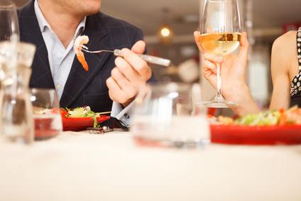 Идея за Св. Валентин - романтична вечеря за двама